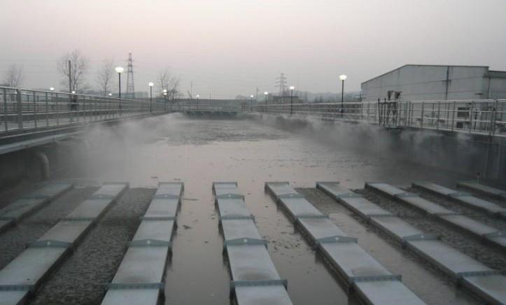 植物液高压喷雾除臭设备工作原理